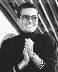 liz claiborne biography life family parents school mother son